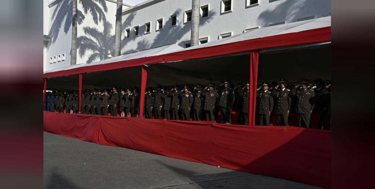 Foto: Militares venezolanos participan en la ceremonia con el presidente Nicolás Maduro, después de tomar juramento para su segundo mandato, el 10 de enero de 2019. (Reuters)