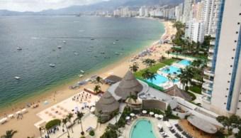 Imagen: Las playas más concurridas en esta temporada vacacional son Condesa, Hornos, Icacos, Puerto Marqués, Revolcadero, 17 de julio de 2019 (Getty Images, archivo)