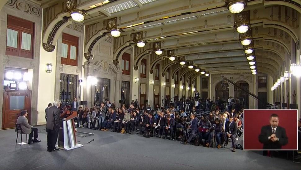 Foto: López Obrador en conferencia de prensa desde Palacio Nacional, 2 de julio de 2019, Ciudad de México