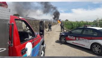 Foto: La explosión en un ducto provocado por una fuga de gas LP en una toma clandestina en Palmar de Bravo, Puebla, deja 6 heridos, julio 20 de 2019 (Twitter: @ArrobaNoticias)
