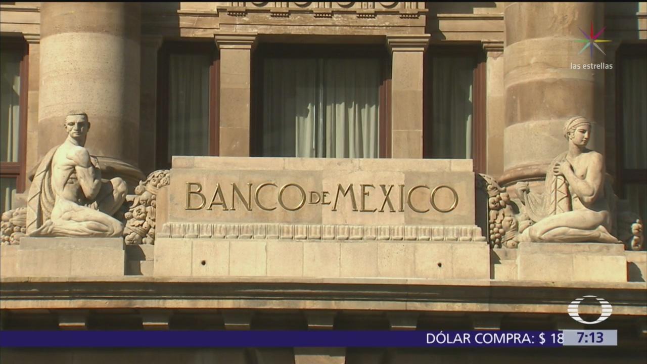 Analistas consultados por Banxico bajan estimación crecimiento