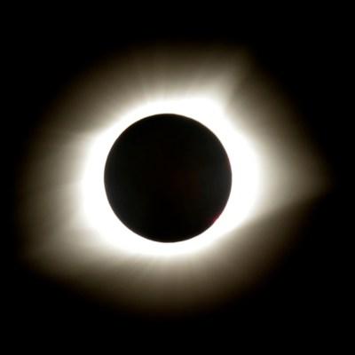 ¿Qué efectos tiene un eclipse solar sobre la Tierra?