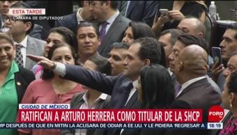 Arturo Herrera rinde protesta como titular de la SHCP