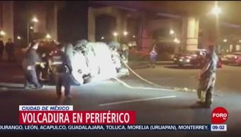 FOTO: Automovilista ebrio vuelca su auto en Periférico, CDMX, 7 Julio 2019