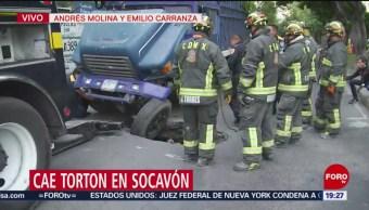 Foto: Video Camión Cae Socavón Cdmx Hoy 17 Julio 2019