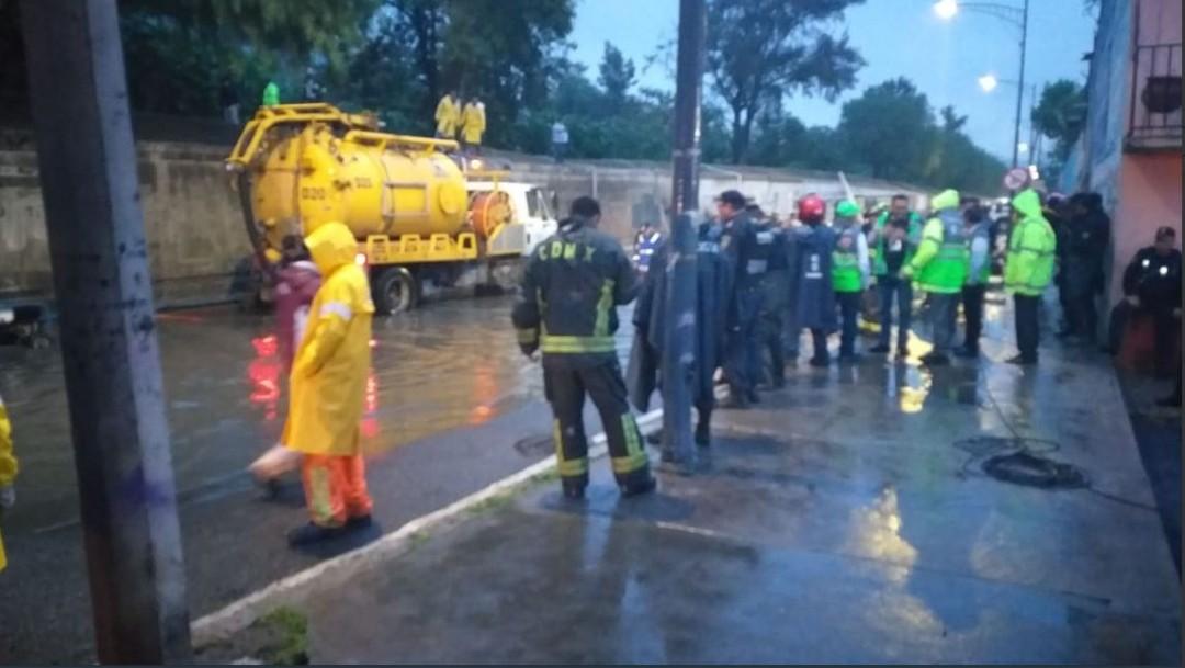 Lluvias de esta tarde generan caos en el Valle de México