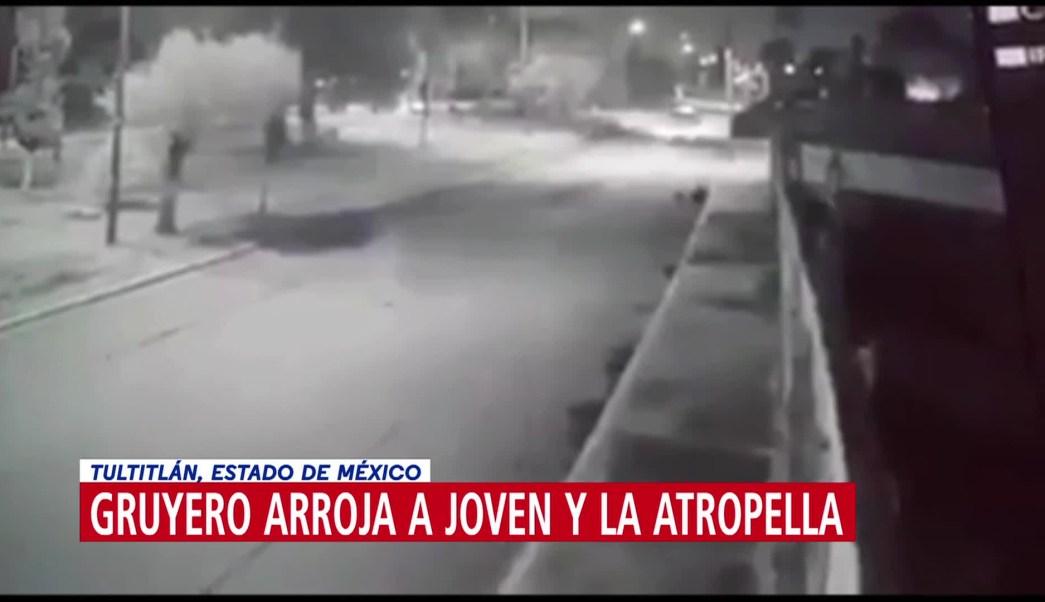 Chofer de tráiler arroja a joven y la atropella en Tultitlán, Edomex