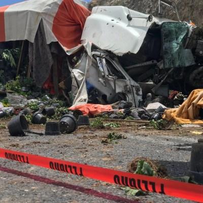 Choque entre tráileres deja un muerto y seis lesionados en Saltillo, Coahuila