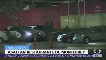 Comando armado asalta restaurante en Monterrey, Nuevo León