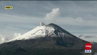El Popocatépetl emite fumarola de mediana intensidad
