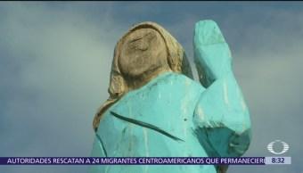 Estatua de Melania Trump en Eslovenia, ni se parece