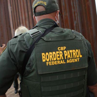 Investigan a empleados de la Patrulla Fronteriza por burlarse de migrantes en Facebook