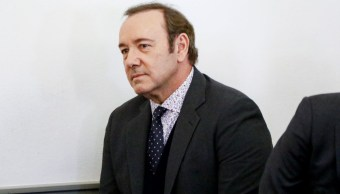 El actor Kevin Spacey asiste a su comparecencia por cargos de agresión sexual en el Tribunal de Distrito de Nantucket, en Massachusetts, EEUU. Foto del 7 de enero de 2019