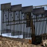 Foto: Militares remplazan una valla fronteriza en Nuevo México. El 30 de mayo de 2019
