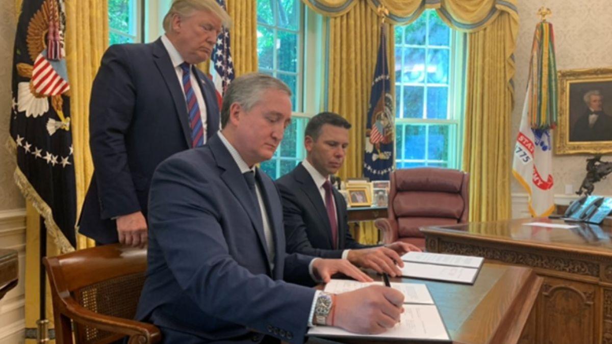 Representantes de Estados Unidos y Guatemala firmaron el acuerdo migratorio. El 26 de julio de 2019. Twitter/@W7VOA