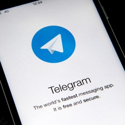 ¿Telegram tiene mejores 'stickers' que WhatsApp?