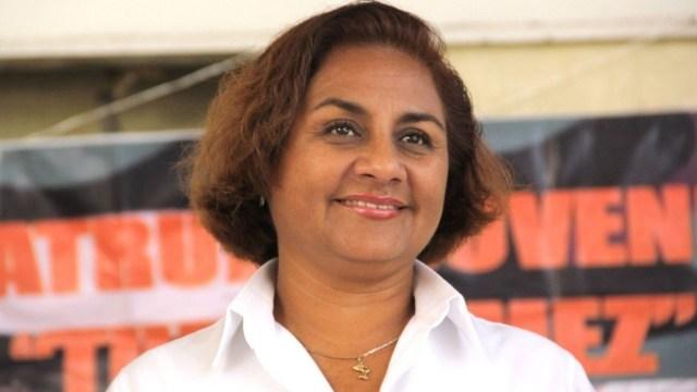 Atacan a tiros a alcaldesa de Manzanillo