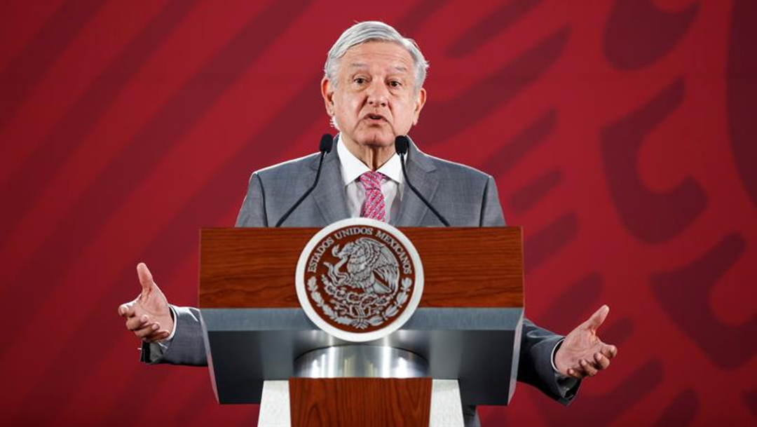 Foto: El Presidente se reunió por sexta ocasión con líderes de la CNTE, 30 de julio de 2019 (EFE)