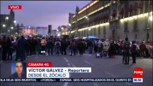 Habitantes de Chimalhuacán, Edomex, protestan en el Zócalo capitalino