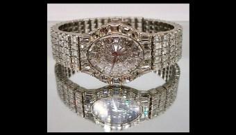 Estas son las joyas decomisadas al crimen organizado que serán exhibidas y subastadas en Los Pinos