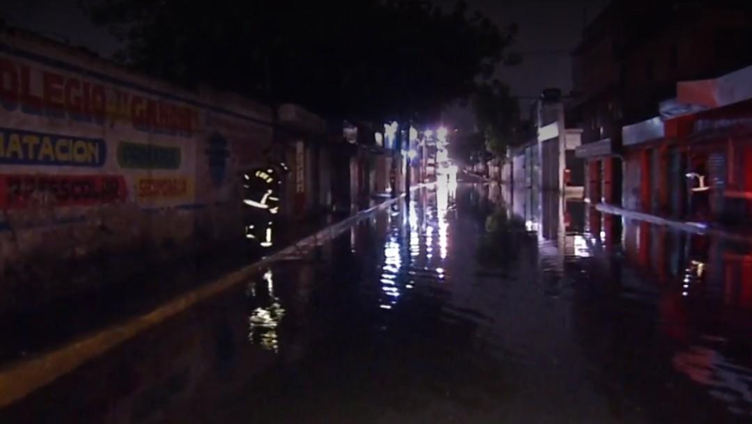 Foto: Inundaciones en Iztapalapa por lluvias, 1 de julio de 2019, Ciudad de México