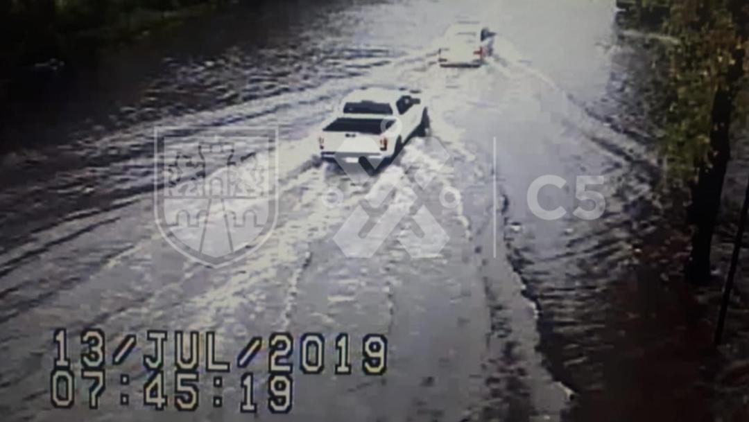 Foto: La Ciudad de México dio a conocer en su cuenta @C5_CDMX de Twitter que decrece el nivel de agua en las calles Estado de México y Adolfo López Mateos, en Gustavo A. Madero, 13 de julio de 2019 (Twitter @C5_CDMX)
