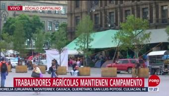 Manifestantes mantienen plantón en el Zócalo capitalino
