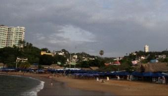 Foto: Ya se están emitiendo avisos preventivos para la población, 11 de julio de 2019 (Twitter, @AcapulcoGob )