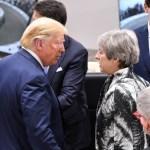 Foto: La primera ministra británica, Theresa May, conversa con el presidente de Estados Unidos, Donald Trump, julio 6 de 2019 (Reuters)