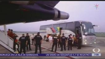 México deporta a 106 hondureños