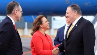 Foto: La subsecretaria para Asuntos Multilaterales y Derechos Humanos de la cancillería, Martha Delgado, recibió a Mike Pompeo, el 20 de julio de 2019 (Twitter @marthadelgado)