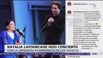 Natalia Lafourcade cantó con orquesta, bajo batuta de Gustavo Dudamel