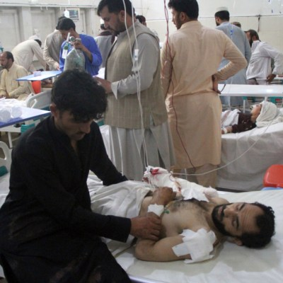 Niño suicida mata a 7 personas durante boda en Afganistán