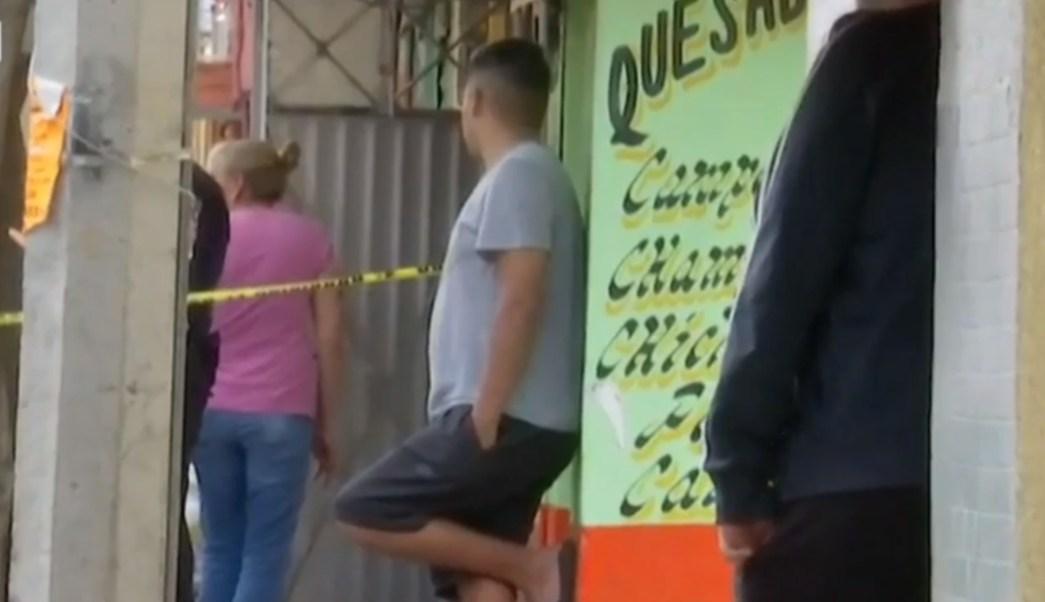 Foto: Paramédicos informaron que el masculino no tenía signos vitales, 18 de julio de 2019 (Noticieros Televisa)