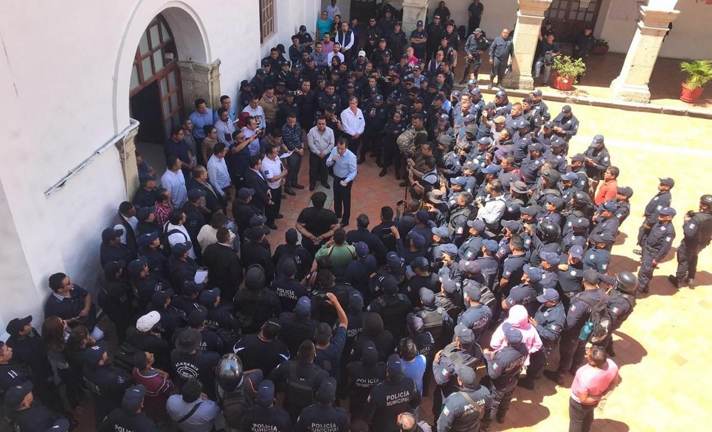 Foto: paro laboral de policías de Oaxaca, 2 de julio 2019. Twitter @MunicipioOaxaca