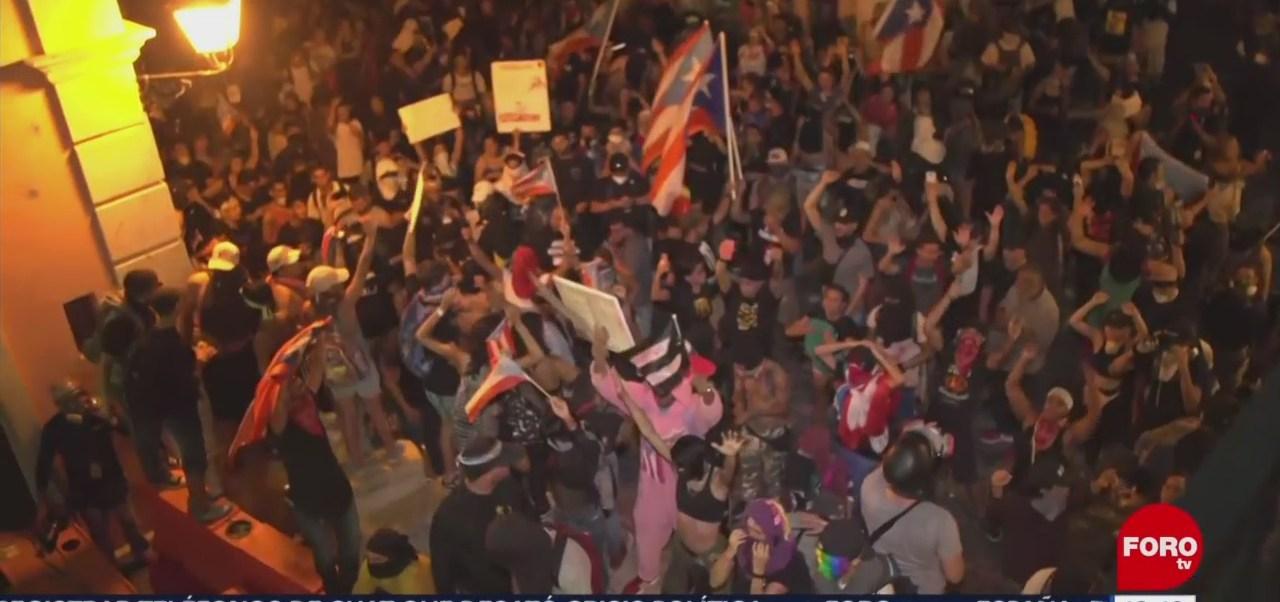 Protesta por renuncia de Rosselló termina con disturbios en Puerto Rico