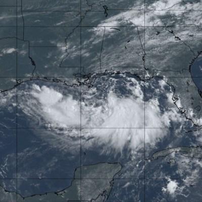 Se forma tormenta tropical 'Barry' en Golfo de México; alertan por fuertes marejadas