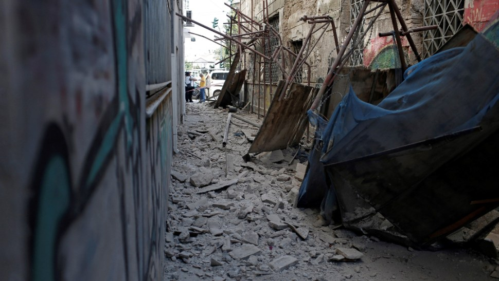 FOTO Sismo de magnitud 5.1 sacude Atenas, Grecia (EFE)