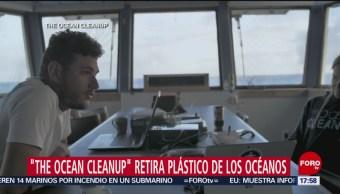 FOTO: Trabajan para limpiar el agua de los océanos