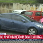 Foto: Auto Versa Azul Balacera Plaza Artz 26 Julio 2019