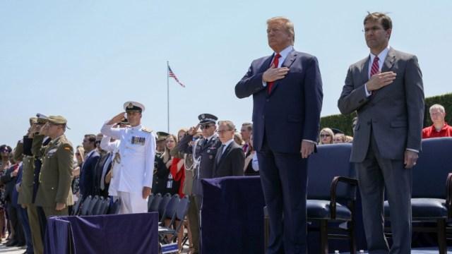 Foto: Donald Trump y Mark Esper, 25 de julio de 2019, Virginia