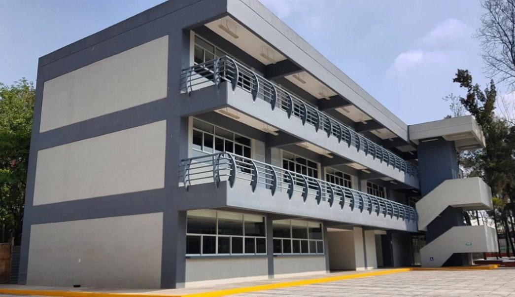 foto Lanzan convocatoria 2019 para nueva universidad en CDMX 7 julio 2019