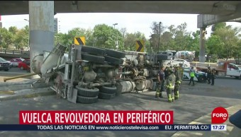 FOTO: Vuelca revolvedora de cemento en Periférico, CDMX, 27 Julio 2019