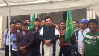 Según los indígenas, el inspector maltrató a los ambulantes lo que provocó su molestia, 16 de agosto de 2019 (Noticieros Televisa)