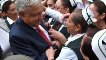 FOTO AMLO convocará médicos y enfermeras jubilados para cubrir vacantes (Noticieros Televisa)