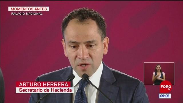 Anuncia Arturo Herrera reducción en comisiones de Afores