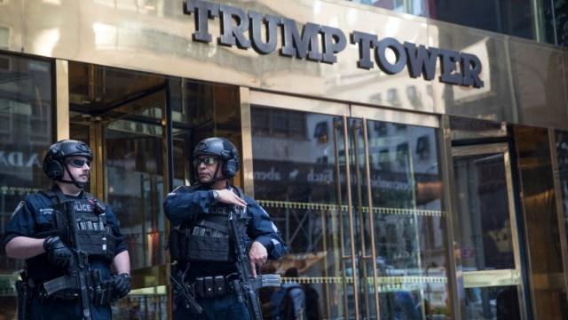 Foto: La Torre Trump dejaría de estar en el número 725 de la Quinta Avenida, para pasar a estar localizada en el 725 de la Avenida Presidente Barack H. Obama., 21 de agosto 2019. (AP)