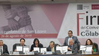 Foto: La SFP firmó un Convenio de Colaboración en la Cámara de Diputados, para que legisladores y servidores públicos puedan presentar en línea su declaración patrimonial, 26 de agosto de 2019 (Twitter @SFP_mx)