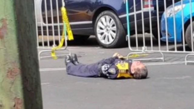 FOTO Buscan a conductor que golpeó a policía durante Maratón CDMX (FOROtv)