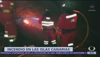 Desalojan a mil personas por incendio en Islas Canarias